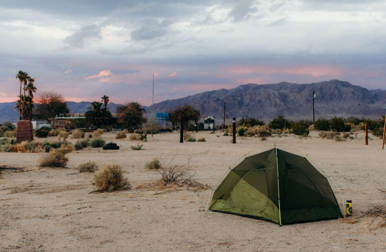 tent mountain desert