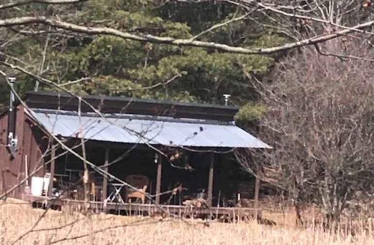Dun Roamin Farm-Cabin
