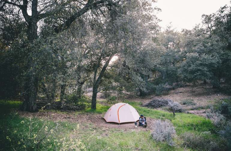 "Camp site 5 ""whispering Oaks"" A Magical little spot!"