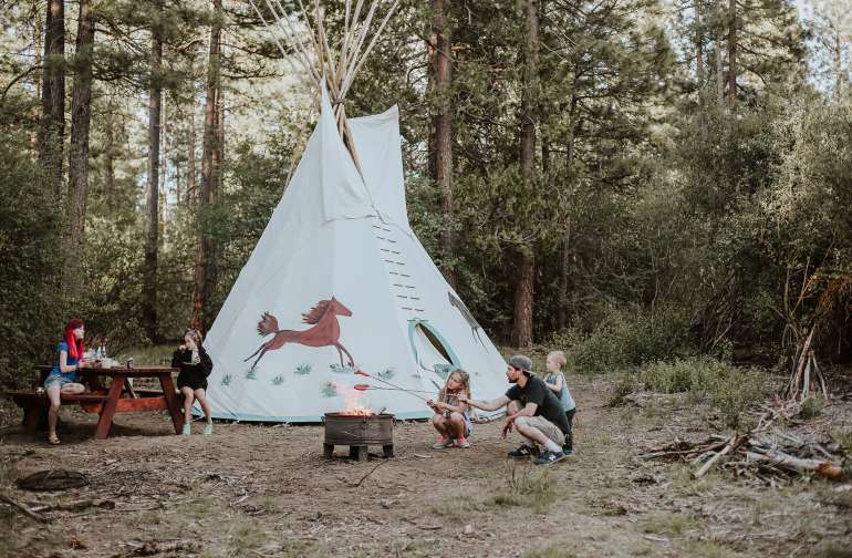 Native Am. Hummingbird Teepee