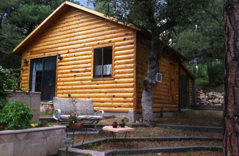 575 sq ft cabin/ guest house on our property we give you your privacy but we are on property if you need any assistance or to borrow anything you forgot always glad to be a good neighbor! Just let us know what we can help you with glad to do our best!