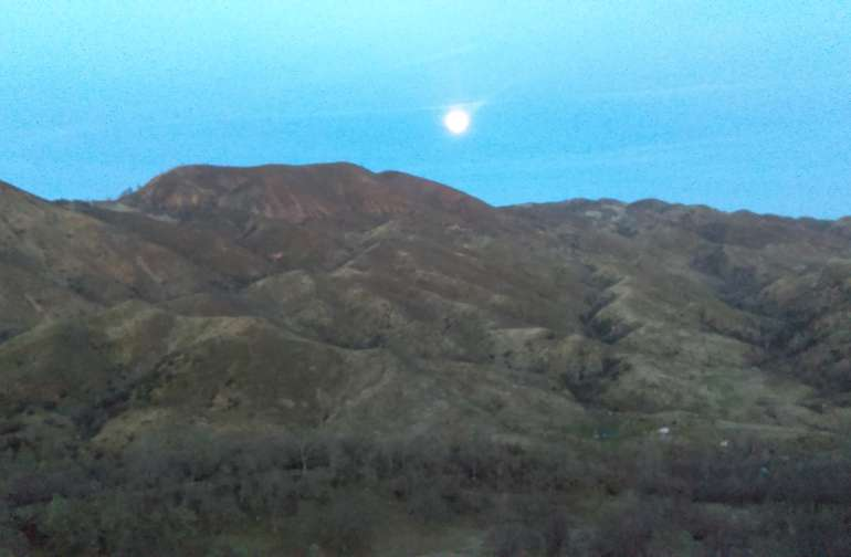 Our views of sunrises and Moonrise are the best in the west!