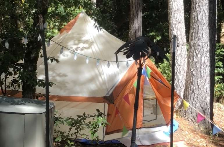 Mendo Glamp Camp Tents Laytonville