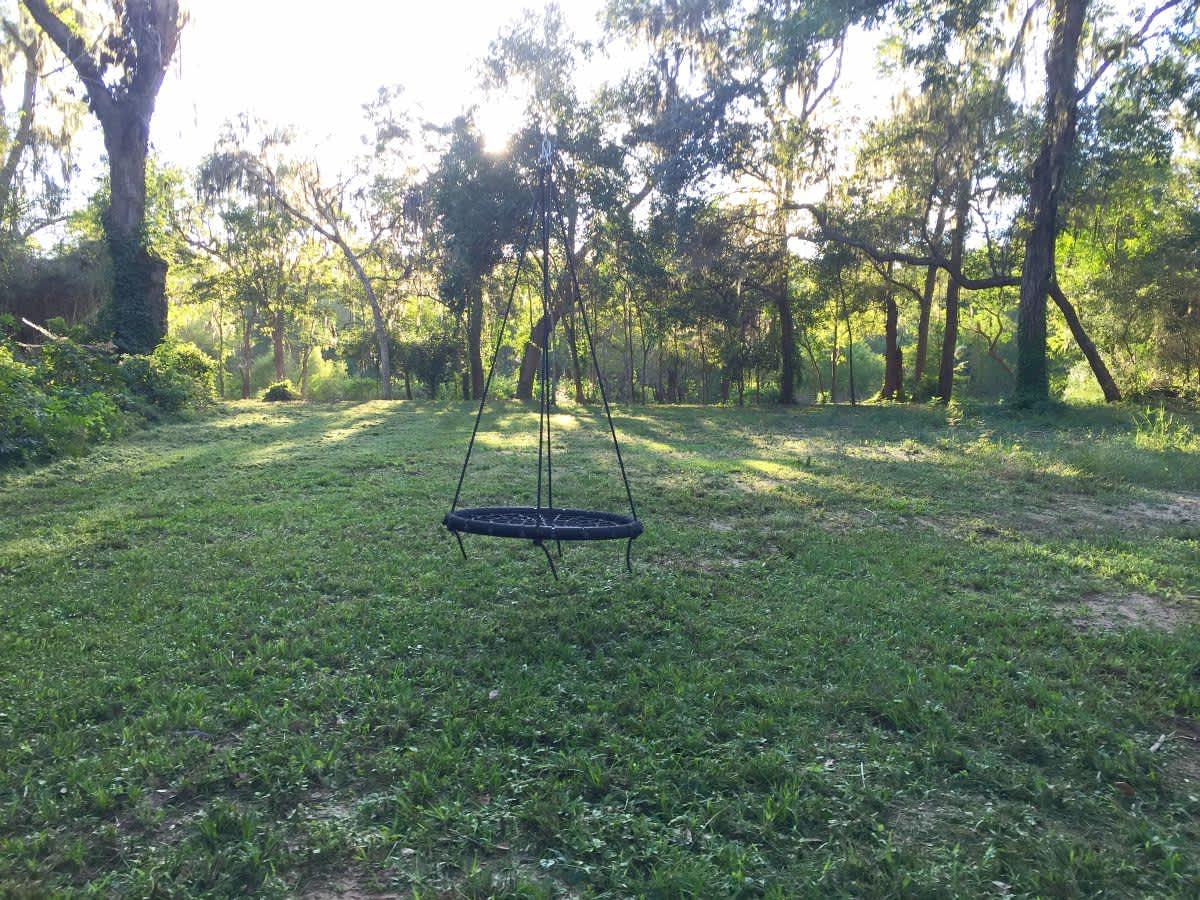 Woodlands antebellum swinger good